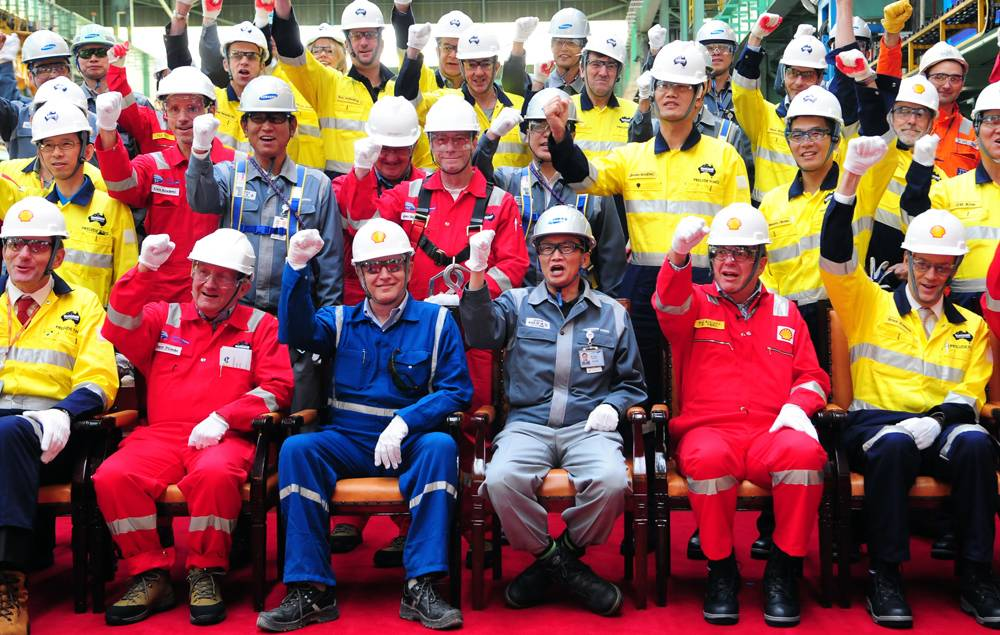 Shell, Technip and Samsung Heavy Industries celebrate the first steel cut for the game-changing Prelude floating liquefied natural gas project's substructure. Front row L-R: Project Director Jaap de Vries, Technip Chairman & CEO Thierry Pilenko, Shell Projects & Technology Director Matthias Bichsel, Samsung Heavy Industries EVP and Shipyard G. (Photo: Shell)