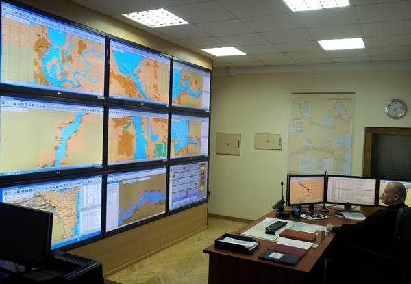 File River Information System Control: Photo credit Transas