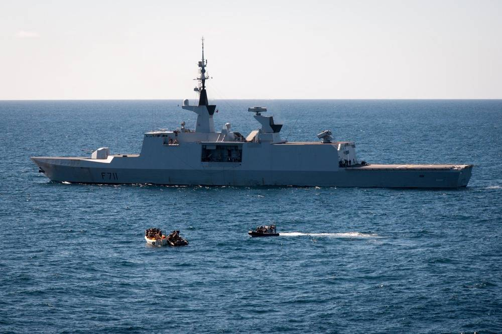 French Warship Apprehends Pirates: Photo credit EU NAVFOR