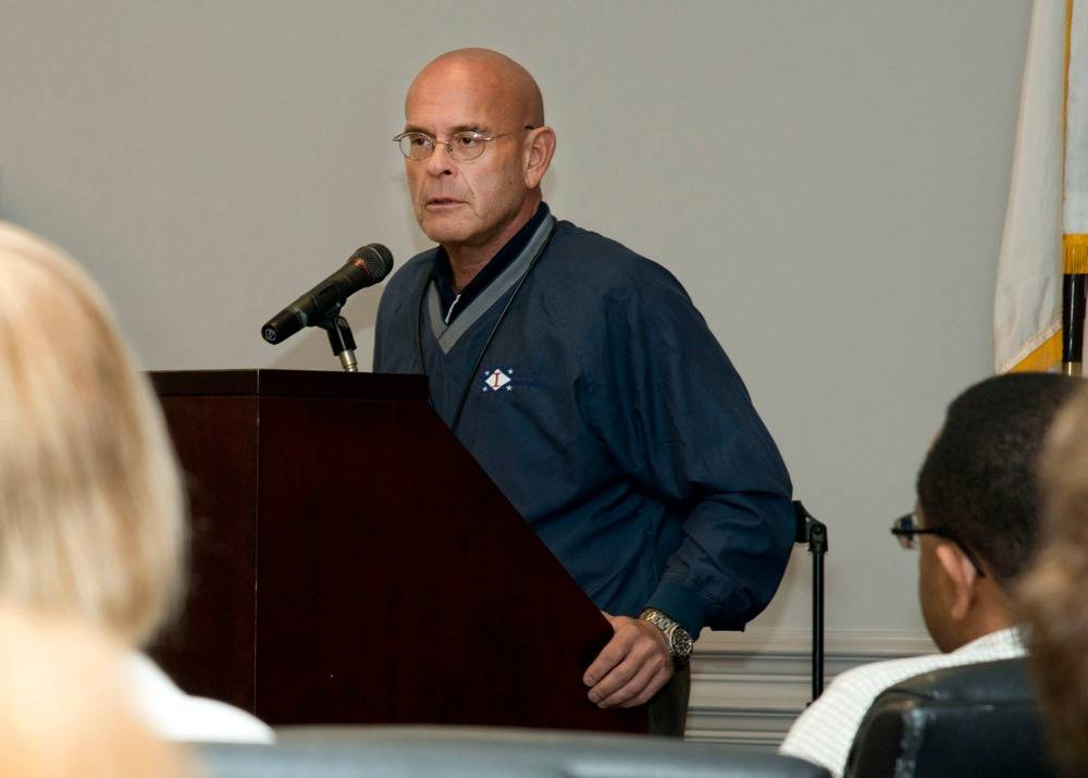 Ingalls Shipbuilding President Addresses STEM Presentation: Photo credit HII