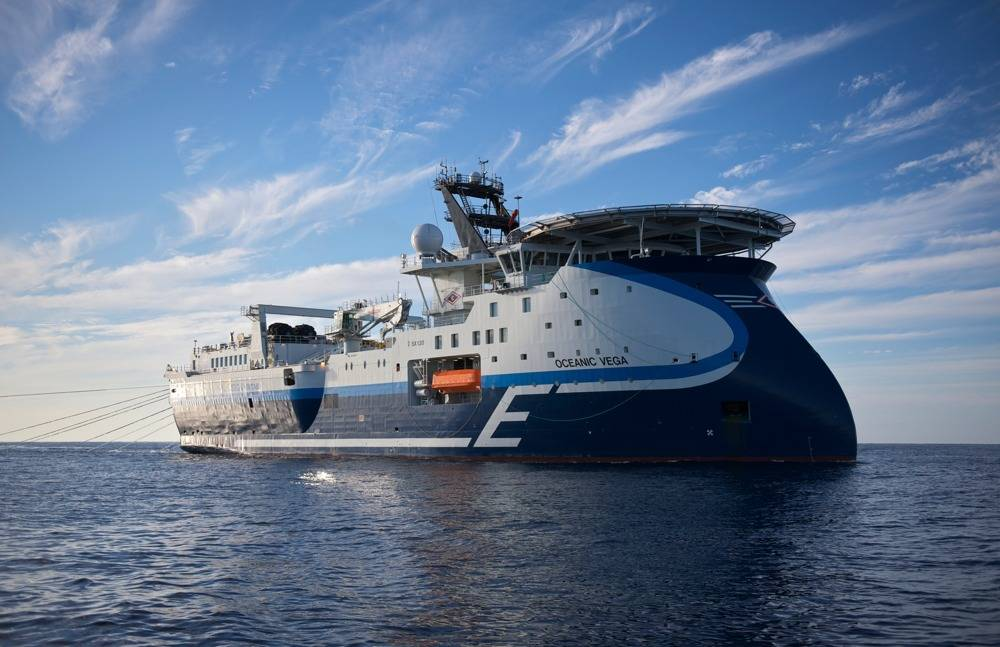 Seismic Survey Vessel Oceanic Vega: Photo credit CGG