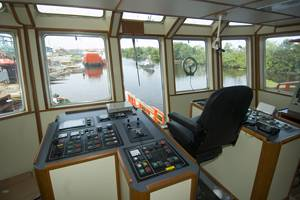 File The aft controls on the new Sealink Maju 25 are complete and ready for work.  photo by Alan Haig-Brown courtesy of Cummins Marine
