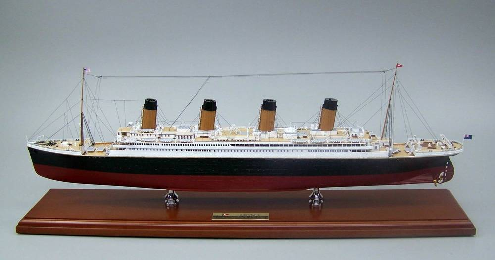 File Museum Quality Titantic Model: Photo credit SD Model Makers