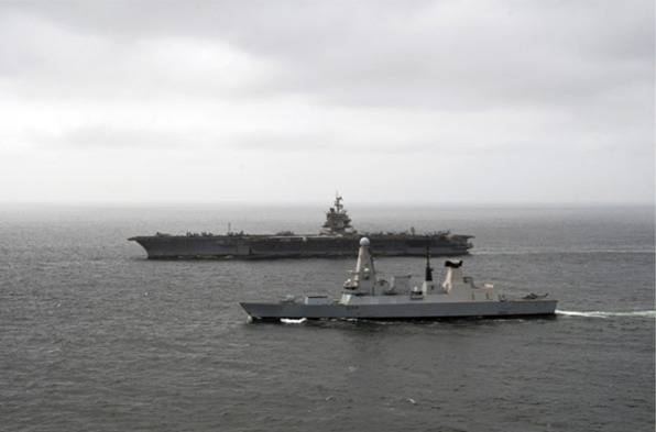 File USS Enterprise & HMS Diamond: Photo credit MOD