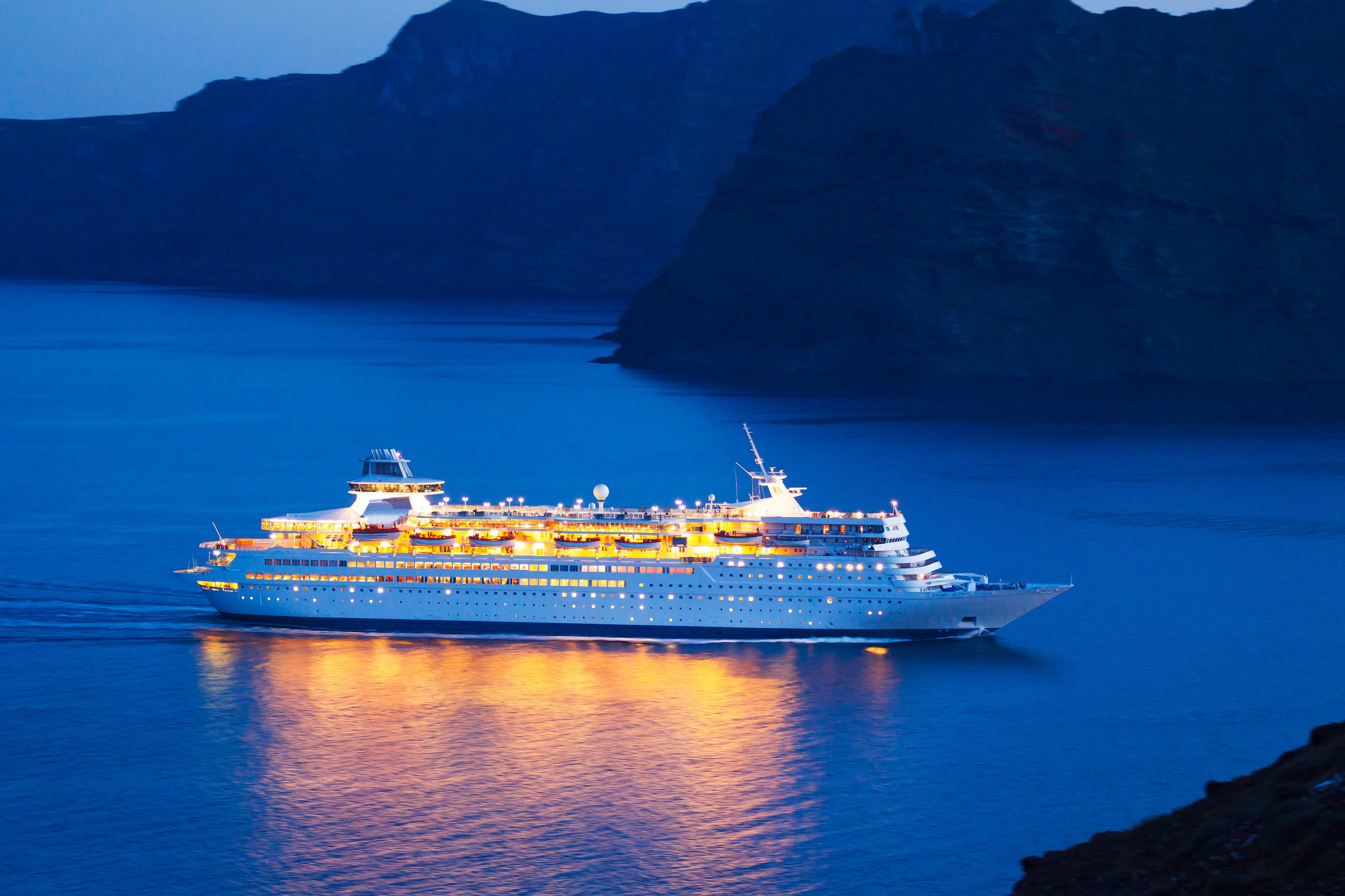 Top 8 Cruise Industry Trends For 2017