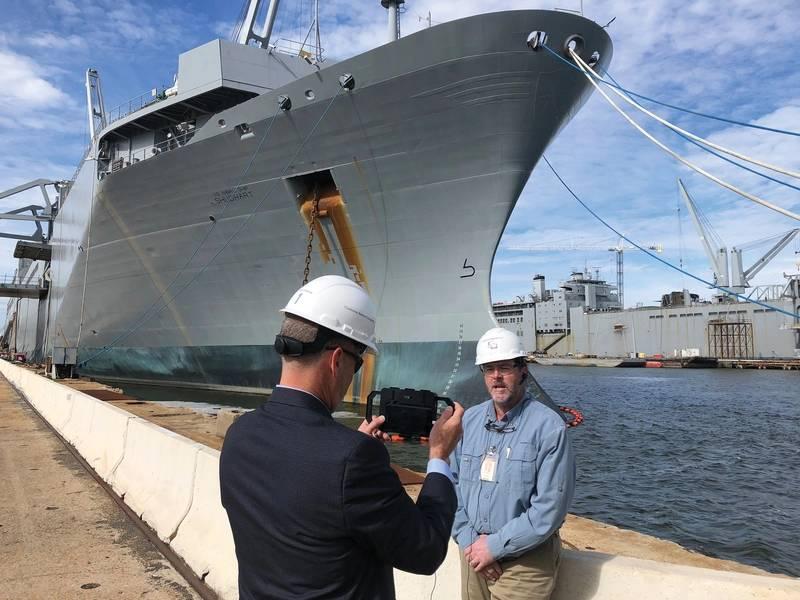 Μια τηλεοπτική συνέντευξη με τον Loy Stewart νεώτερο για την ιστορία και το μέλλον των ναυπηγείων Detyens οφείλεται στον αέρα σύντομα στην τηλεόραση θαλάσσιων ρεπόρτερ. (Φωτογραφία: Eric Haun)