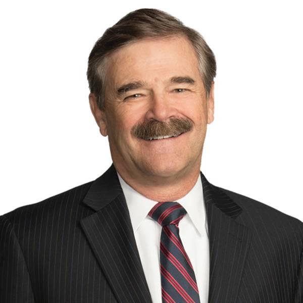 Джон Уолдрон является партнером офиса фирмы в Вашингтоне, округ Колумбия, который концентрирует свою практику на морском, международном и экологическом праве, в том числе на морской безопасности. Он служил в Береговой охране США в течение 20 лет, достигая звания командира и был старшим советником морской корпорации Spill Response.