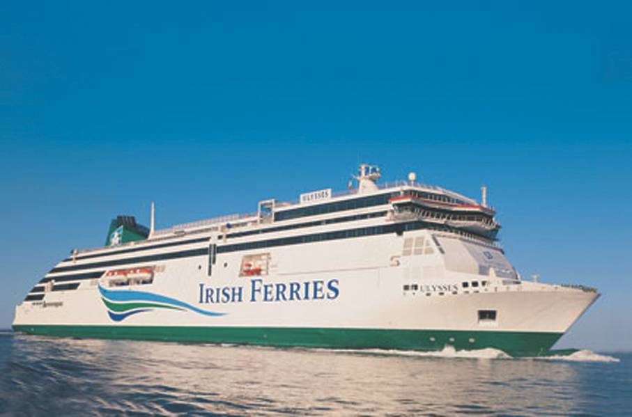 Новый круизный паром Irish Continental Group plc (ICG) будет обслуживать 1800 пассажиров и экипаж, вмещающий 5 610 грузовых дорожных знаков, что обеспечивает возможность перевозить 330 грузовых единиц на парусный спорт. (Фото любезно © Irish Ferries)