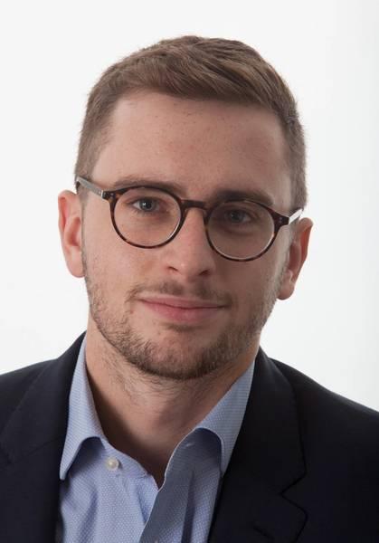 Чарли Хоклесс, VesselsValue Начальник оффшорной компании