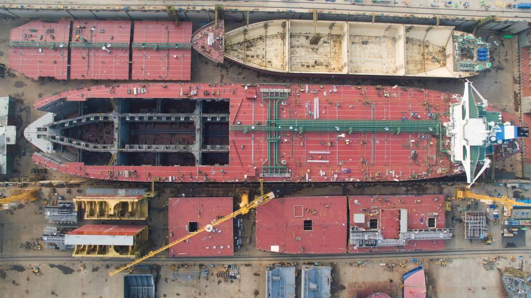 أليكس وأليس تحت الإنشاء. الصورة مجاملة من Euronav
