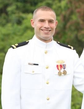 فرانسيس لونر ، رتبة USMMA لعام 2006 (الصورة: ماراد)