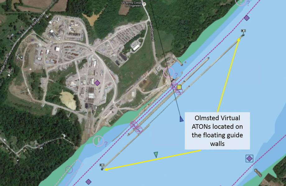 इलेक्ट्रॉनिक नेविगेशन चार्ट ओल्मस्टेड ताले और बांध फ़्लोटिंग गाइड दीवारों पर आभासी buoys प्रदर्शित करते हैं। समुद्री बाजारों की सुरक्षा और दक्षता में सुधार के लिए ये मार्कर एक परियोजना में पहली लहर हैं। (यूएसएसीई द्वारा फोटो)