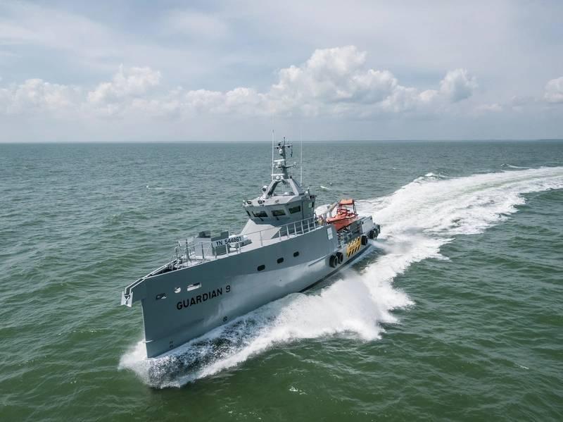 डैमन ने हाल ही में नाइजीरिया में होमलैंड इंटीग्रेटेड ऑफशोर सर्विसेज (होमलैंड आईओएस लिमिटेड) द्वारा संचालित होने वाले एफसीएस 3307 उच्च-विशिष्ट गश्ती जहाजों की एक जोड़ी वितरित की। फोटो: डेमन