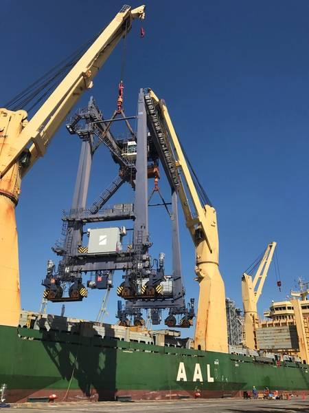 从AAL布里斯班放电巨型RTG起重机。照片:AAL