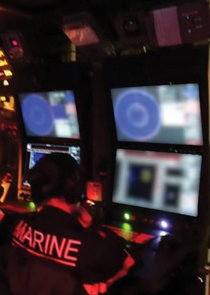 写真:RTsys /フランス海軍
