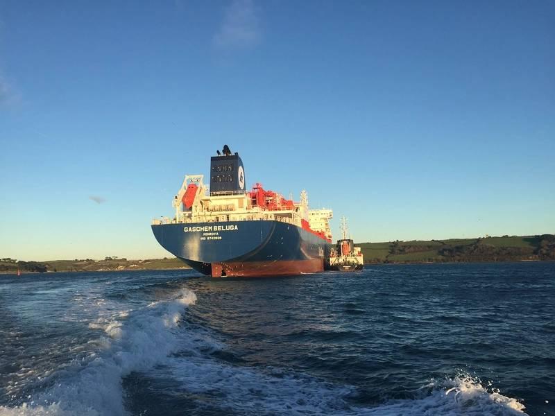 姉妹船であるGaschem Orcaと一緒に、エタンで1万時間の走行を成功させたGaschem Beluga(写真:Man Diesel&Turbo)