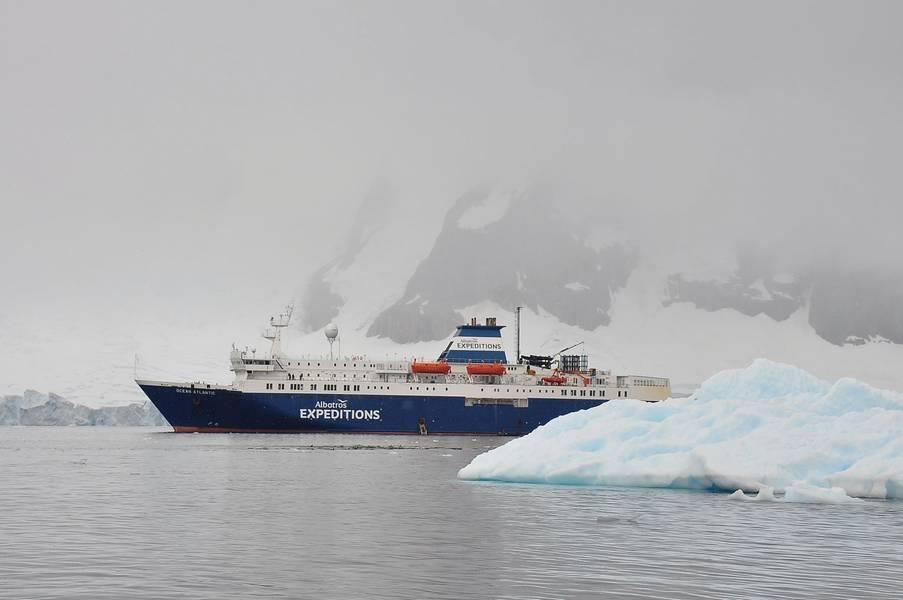 蒂尔伯格的团队为在南极洲拍摄的信天翁远征队的M / V海洋大西洋设计了内部空间。摄影:Tomas Tillberg。