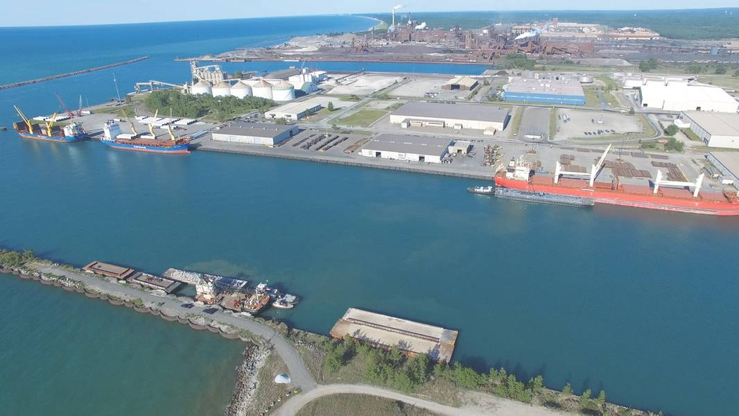 (照片:印第安纳州的港口)