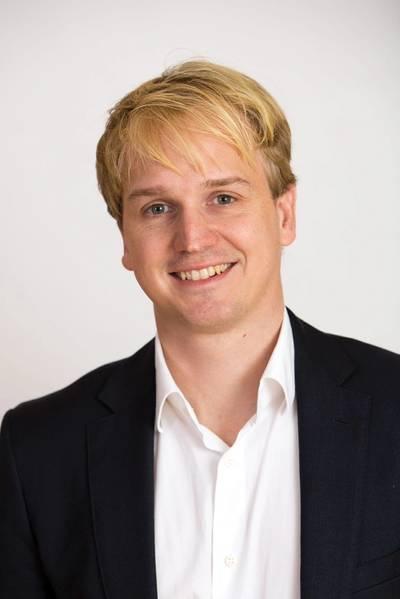 Alexander Buchmann fundou a Hanseaticsoft em 2009 para desenvolver soluções de software para empresas de navegação. Desde março de 2017, a Lloyd's Register, uma das maiores sociedades de classificação de navios do mundo, detém uma participação na empresa.