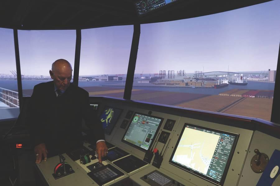 Cal Maritime hat seine Full-Mission-Bridge-Simulatoren aufgerüstet und baut auch sein iBest Lab auf. Darüber hinaus werden Cal Maritime Instruktoren ihre Fähigkeiten durch Training von ihrem Simulatorhersteller weiter verfeinern. (Foto: Cal Maritime)