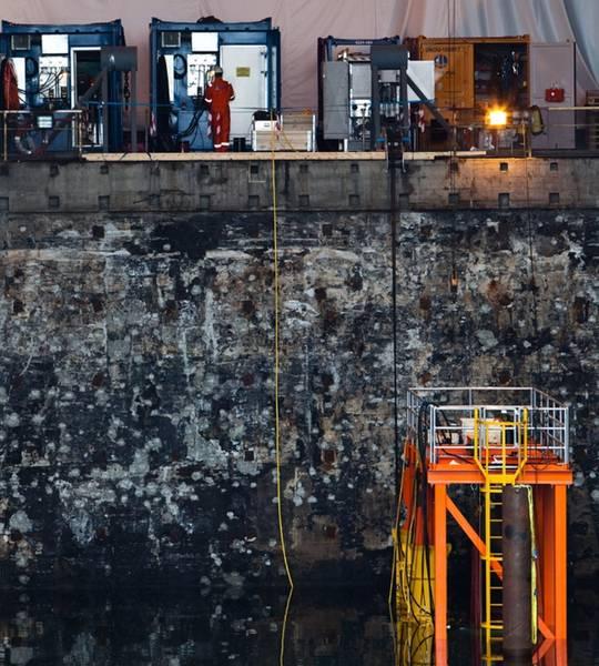 Centro de teste submarino: na Segunda Guerra Mundial como uma caneta U-boat, e agora como centro de treinamento, teste e fabricação submarino da OceanTech. CRÉDITO: O autor / OceanTech