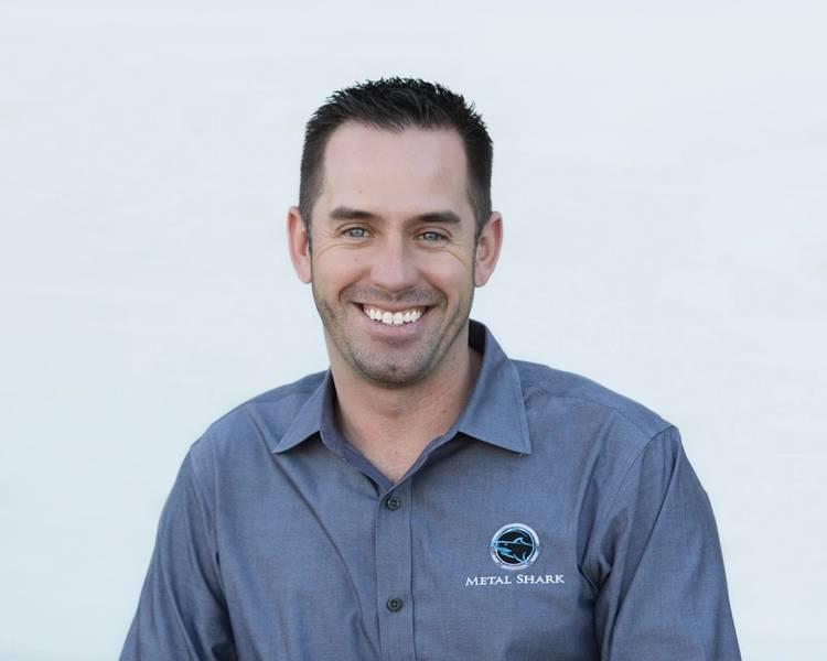 Chris Allard, CEO da Metal Shark. De Stock: Tubarão do metal