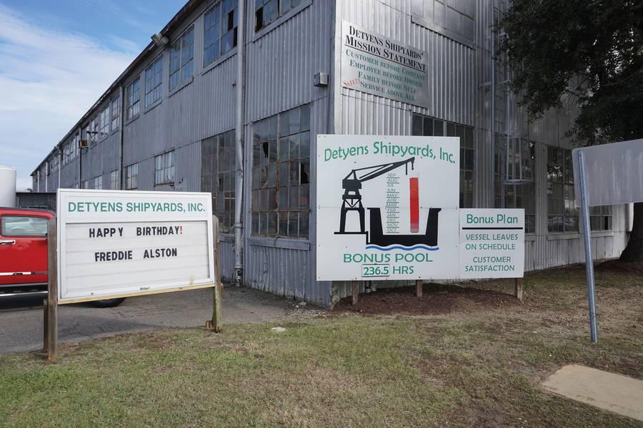 Detyens Shipyards与员工分享其成功,其中包括所有基于绩效的年度奖金池。 (照片:Eric Haun)