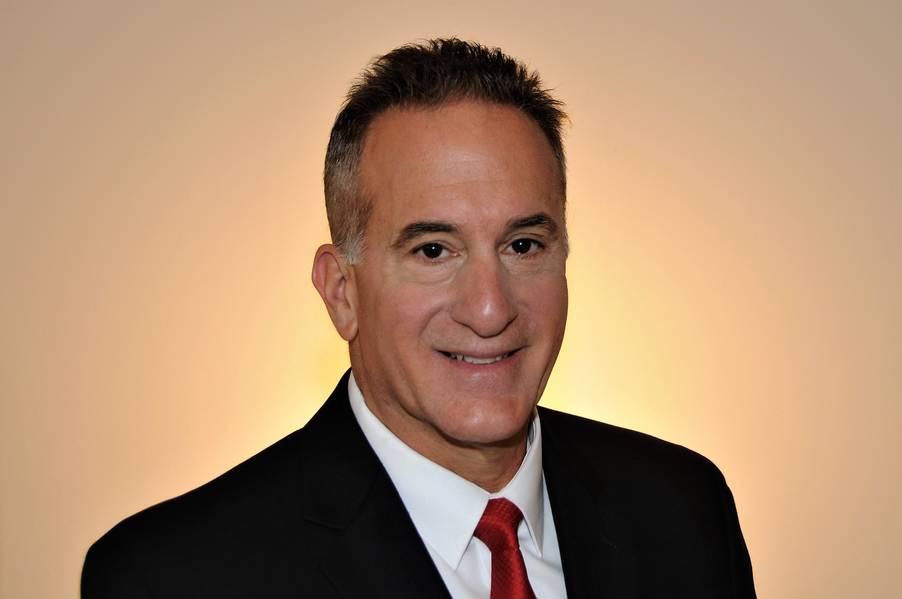 Jack Buona, superintendente da Academia da Marinha Mercante dos EUA