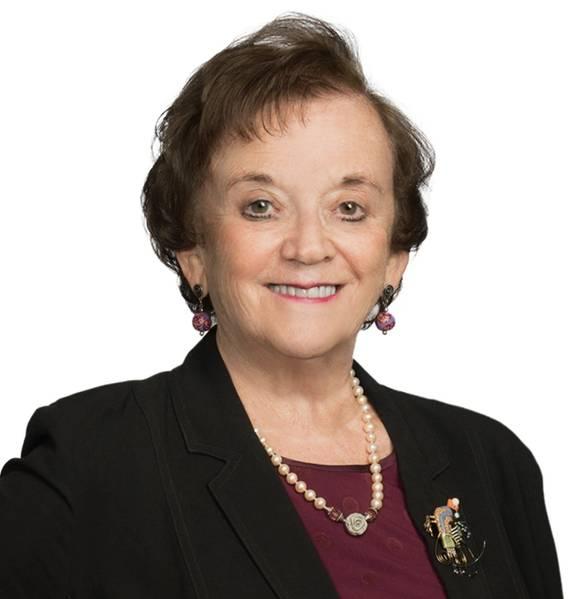 Joan Bondareff es asesora en la oficina de Blank Rome en Washington, DC, y enfoca su práctica en transporte marítimo, medio ambiente, regulación, energía renovable y asuntos legislativos. Actualmente se desempeña como Presidenta de la Autoridad de Desarrollo Eólico Marino de Virginia (VOWDA), un nombramiento de los Gobernadores de Virginia Terry McAuliffe y Ralph Northam, donde promueve la energía eólica marina y las energías renovables para la Mancomunidad de Virginia.