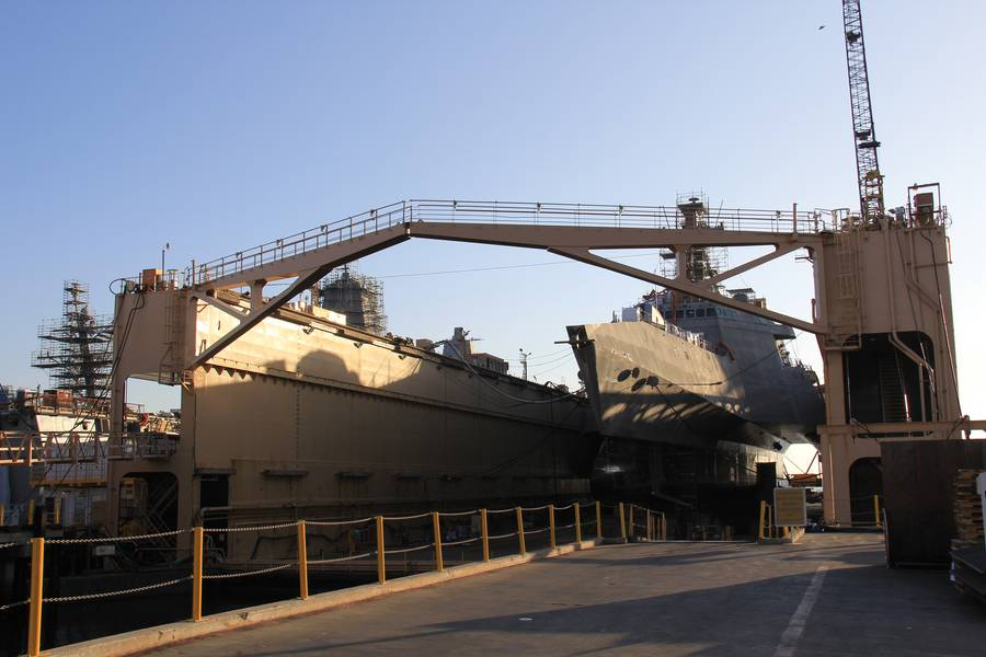 LCS12在干船坞。照片:BAE Systems / Maria McGregor