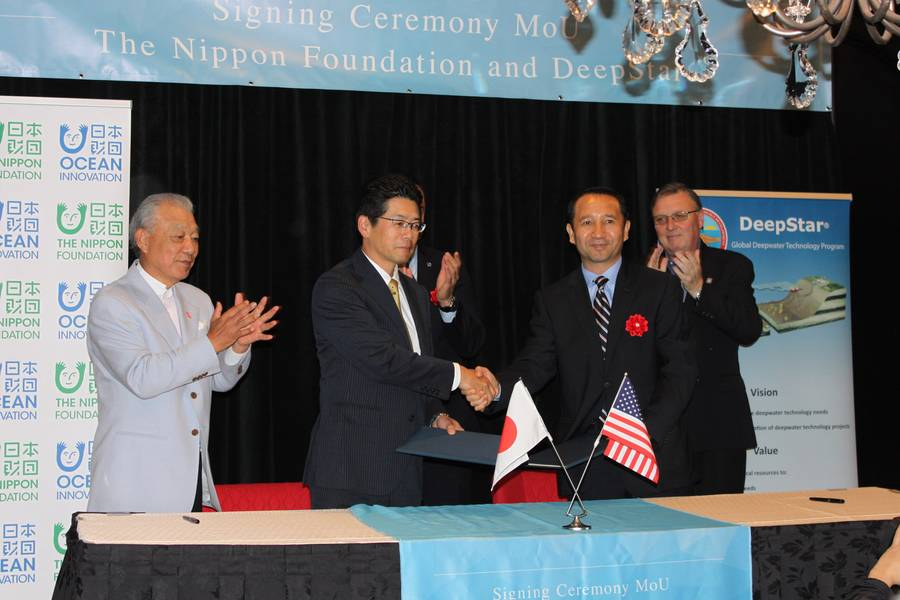 A Nippon Foundation e a Deepstar assinaram um memorando de entendimento em Houston. Foto: Greg Trauthwein