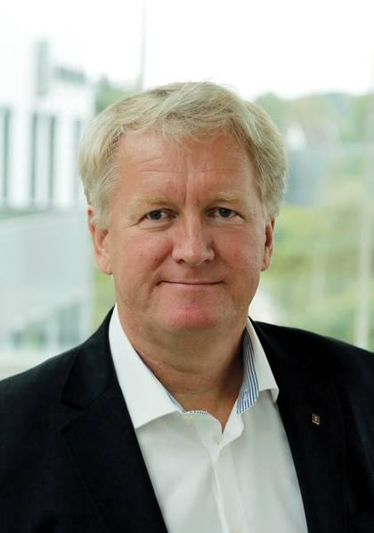 """""""我们将开发过去预期寿命可能超过15年的产品,但今天我们正在考虑新产品可能持续四到五年的时间框架,然后它将被新技术所取代。""""Ketil O. Paulsen,技术总经理,KM技术,研究与创新,Kongsberg Maritime AS"""