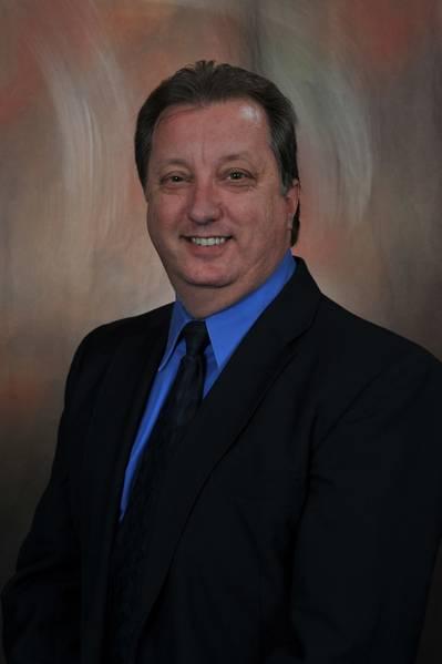 Rick Schwab, ανώτερος διευθυντής ναυτικής και βιομηχανικής εκπαίδευσης για το υπερσύγχρονο κέντρο αξίας 7 εκατομμυρίων δολαρίων του Delgado