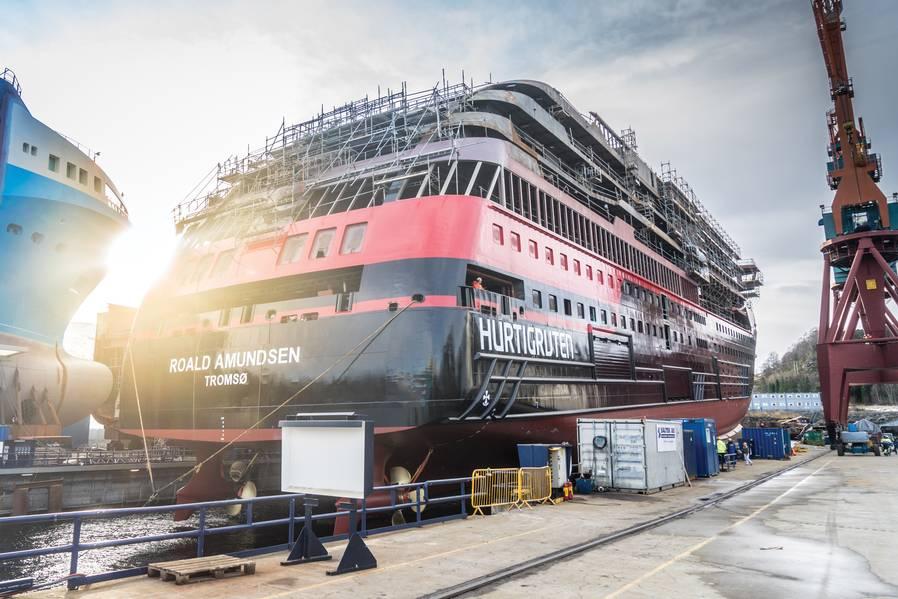 O MS Roald Amundsen sob a construção na jarda de Kleven Verft AS em Ulsteinvik, Noruega. Foto: Hurtigruten