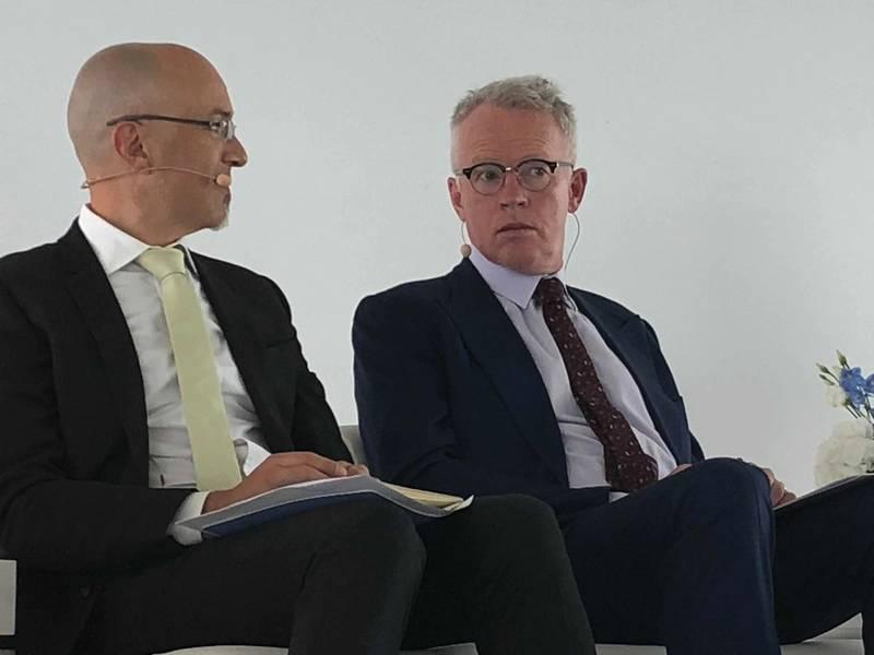2018年6月Euronav(纽约证券交易所代码:EURN)成长为拥有超过70艘船的庞然大物,主要是Suezmaxes和VLCC,此次交易是在与Gener8合并之后完成的。图为(右)是Euronav首席执行官Paddy Rodgers。 (照片:Greg Trauthwein)