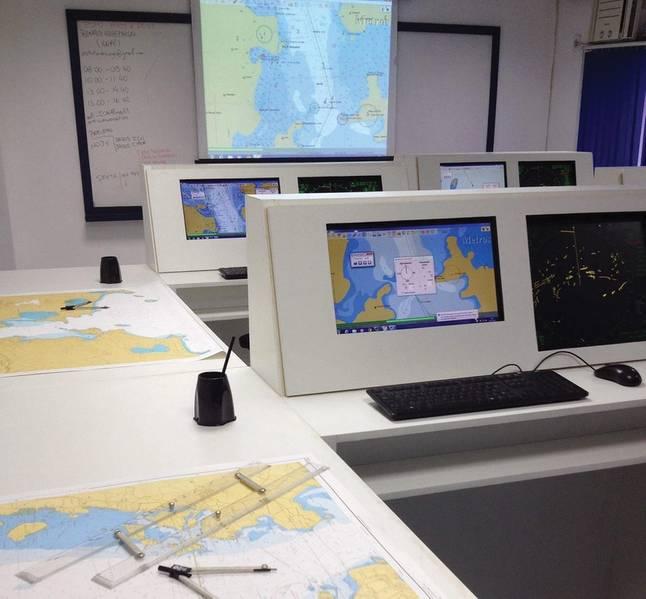Simulador de ECDIS. Imagem: ICN