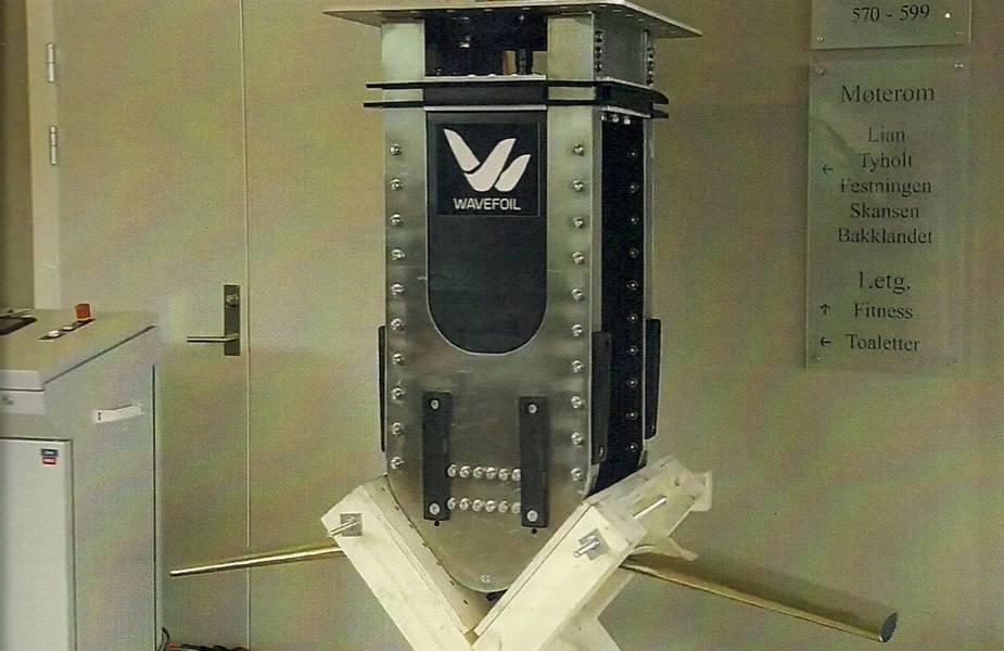 Skalierbar: der kleinere Wavefoil-Katamaran-Stabilisator. Bildnachweis: Wavefoil
