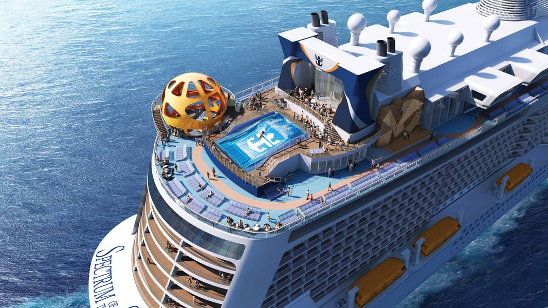 Spectrum of the Seas, da Royal Caribbean, na popa. Foto: Royal Caribbean International