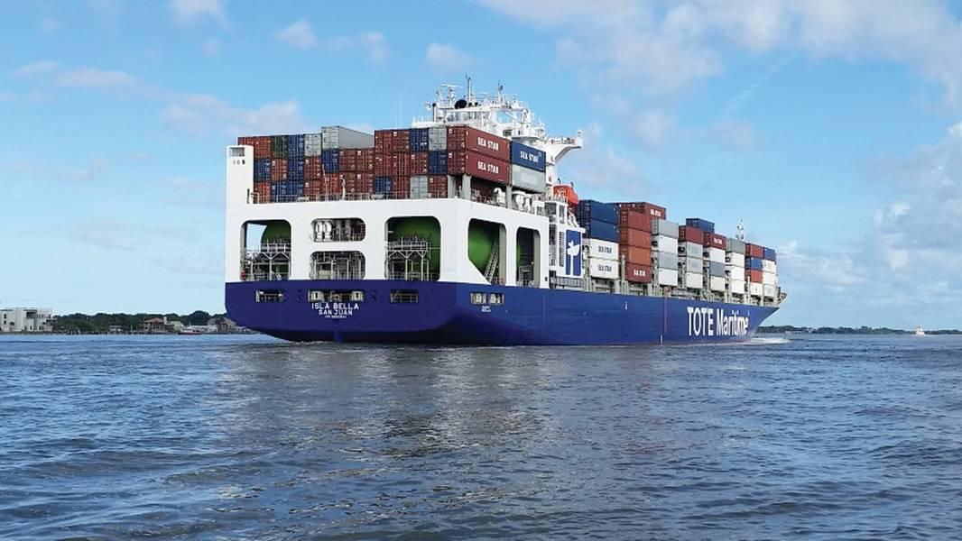 TOTEは、ほぼ独占的にLNG船でコンテナ船を運行するという3年の歳月をかけています。 (写真:TOTE)