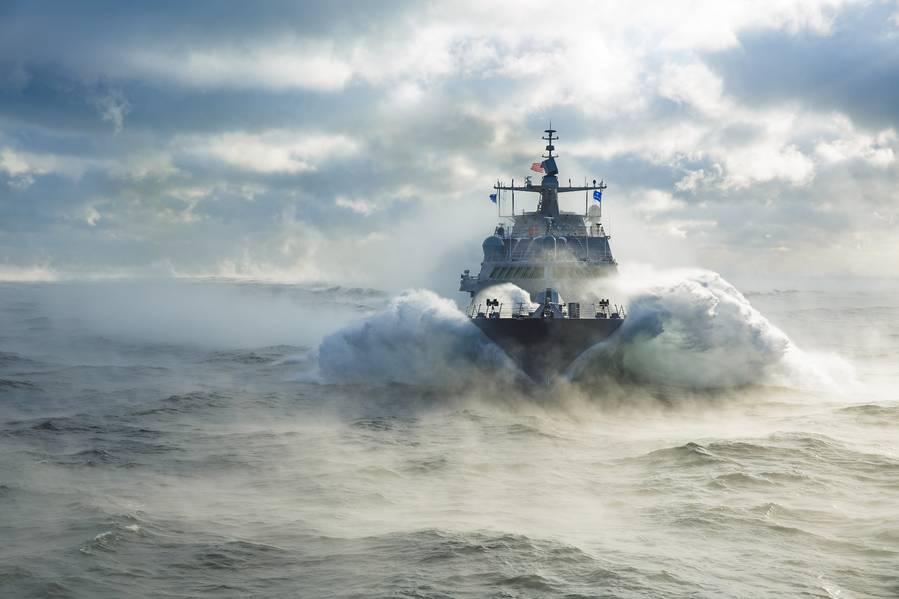 Tendo completado recentemente os testes de aceitação nos Grandes Lagos, no Littoral Combat Ship (LCS) 19, o futuro USS St. Louis agora passará por equipamentos finais antes da entrega à Marinha dos EUA no início do próximo ano. (Foto: Lockheed Martin)