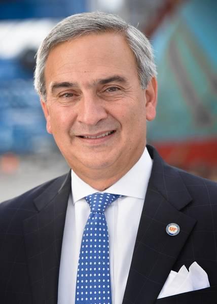 El presidente y director general de la Autoridad Portuaria de Carolina del Sur, Jim Newsome