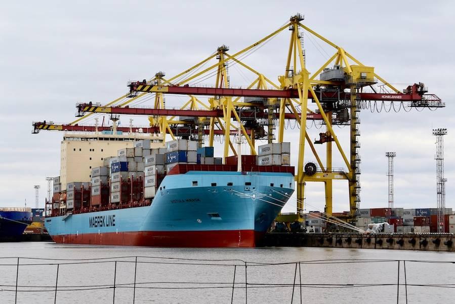 """""""أعتقد أن هذا الاستثمار يرسل إشارة قوية على أنواع التقنيات التي ستحدد الصناعة البحرية في المستقبل"""" ، قال P. Michael A. Rodey ، المدير الأول ، AP Moller-Maersk. في الربع الأول ، ستشرع Sea Machines في اختبار تصورها وتقنية الوعي الظرفي على متن سفينة حاويات AP-Moller-Maersk الجديدة لبناء السفن. الصورة: آلات البحر"""