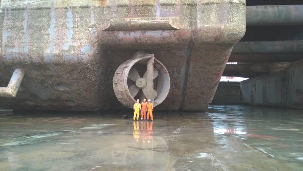 Un recipiente colocado en dique seco en preparación para el reciclaje. Crédito de la foto: Grieg Green.