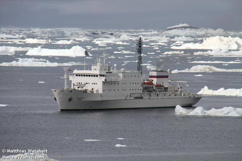 Passenger Ship Runs Aground In The Arctic