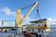 Loading the Modules: Photo courtesy of SAL Heavy Lift