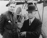 Elmer A. Sperry with his son, pilot Lawrence Burst Sperry, an inventor in his own right, with 23 patents pending or granted, including one for a self-contained parachute. (Photo: Hagley Museum and Library)