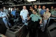 General Fang visits LCS 4: Image USN