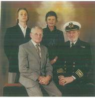 Merchant Navy Vets Encourage Youngters to Learn, Remember