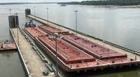 Olmsted Locks in action (CREDIT USACE)