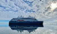 Built at VARD's Tulcea shipyard in Romania, with outfitting completed at the VARD shipyard in Søviknes, Norway, Le Commandant Charcot is the first hybrid electric polar exploration ship powered by Liquefied Natural Gas. Photo © PONANT Nicolas Dubreuil